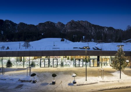Nachtansicht - Congress Centrum Alpbach Congress © Senfter