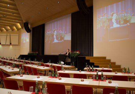 Saal Europa mit Bühne - Congress Zillertal