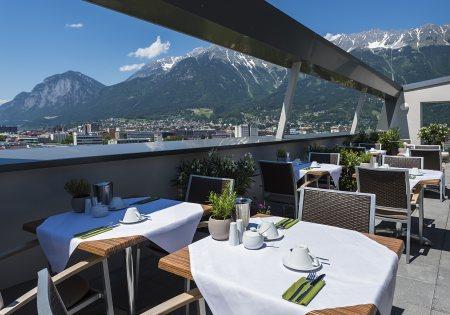 Panoramaterrasse - Hotel Ramada Innsbruck Tivoli