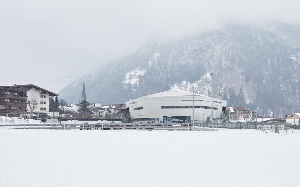 Außenansicht Winter - Congress Zillertal - Europahaus Mayrhofen © David Schreyer