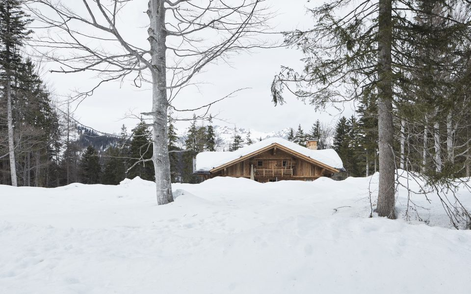 Almhütte Winter - Interalpen-Hotel Tyrol © David Schreyer