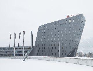 Außenansicht Winter - Hotel Ramada © David Schreyer