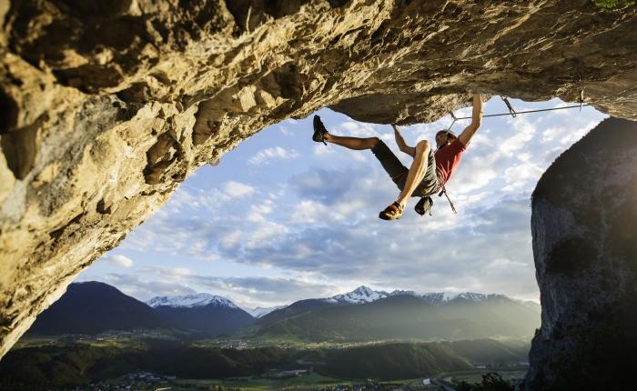 Klettern Überhang © TVB Innsbruck / Christian Vorhofer