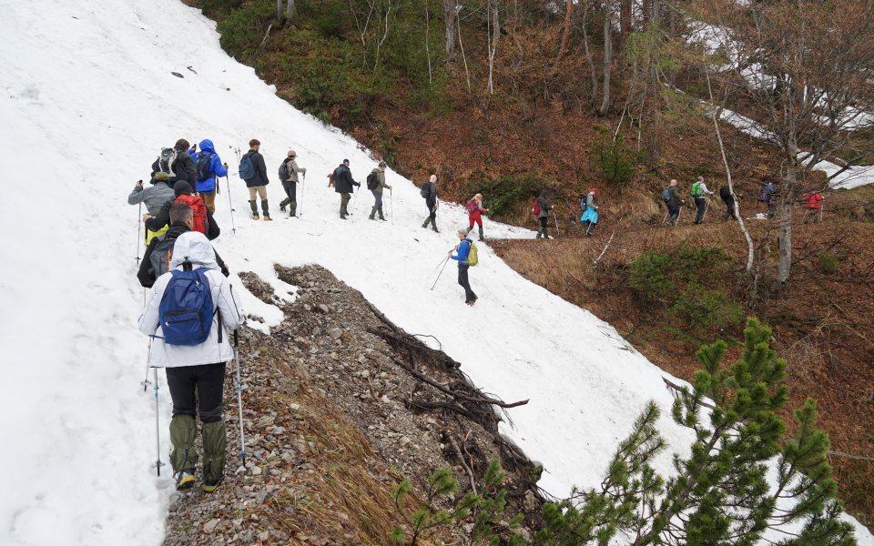 Teambuilding in der Gramai - Wanderung im Schnee © eventation