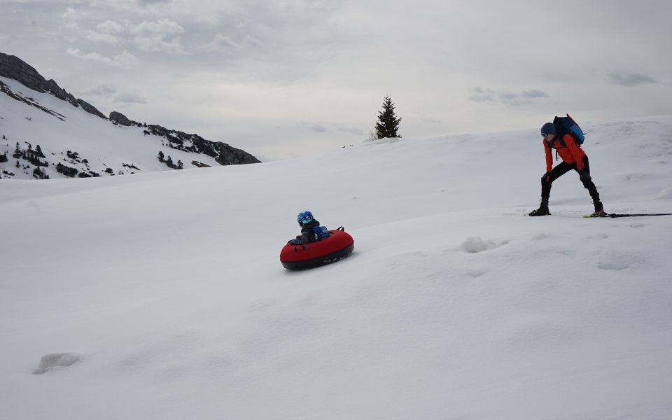Teambuilding in der Gramai - Snowtubing © eventation